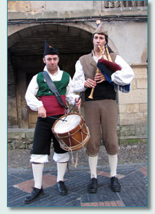 Asturien piper Abel Tome and drummer Marcos Lorente