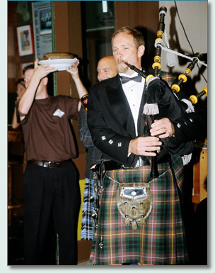 Maui Celtic Robert Burns Night - Roger McKinley piping in the Haggis