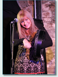 Frances Black at McGrorys of Culdaff, Inishowen, Donegal
