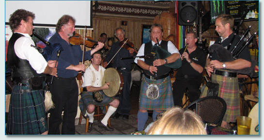 Legendary Celtic music session with Alasdair Fraser at Wow-Wee Maui's Kava Bar & Grill in Kahului, Maui