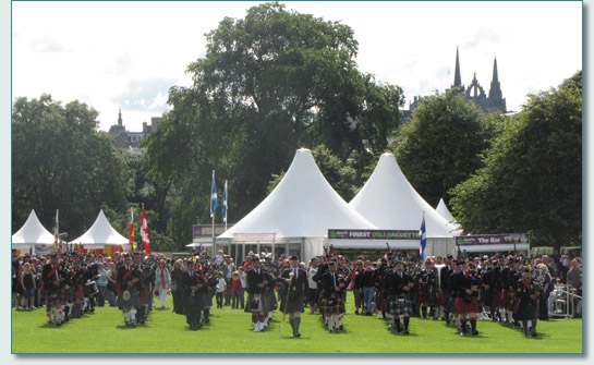 Massed Pipes and Drums at The Gathering 2009, Edinburgh
