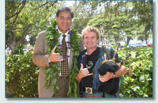 Hamish Burgess of Maui Celtic and Mayor Mufi Hannemann