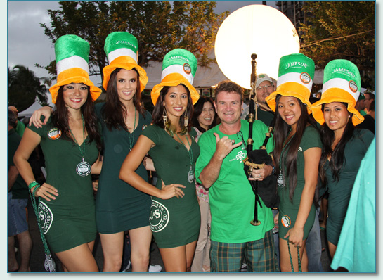 Hamish Burgess with the Jameson girls, Honolulu St.Patrick's Day Blockparty 2012