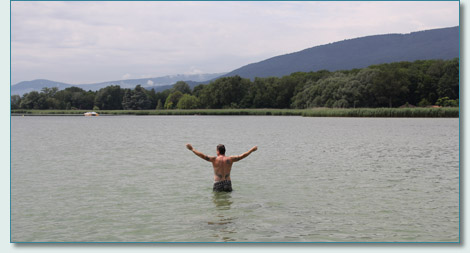 Hamish Burgess swimming at La Tene, Lake Neuchatel