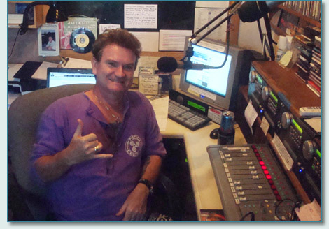 Hamish Burgess at the Mana'o Radio Studios, Wailuku, Maui in May 2010