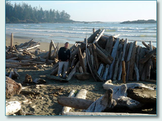 Hamish Burgess at a surf hut on Vancouver Island '06