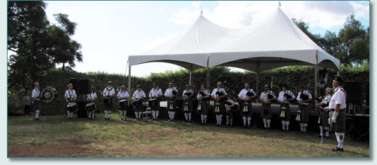 The Isle of Maui Pipeband at their Princess Ka'iulani Festival, Kula, Maui 2009