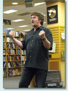 John Beaton, Maui Live Poets Society, Borders, Kahului, June 2010