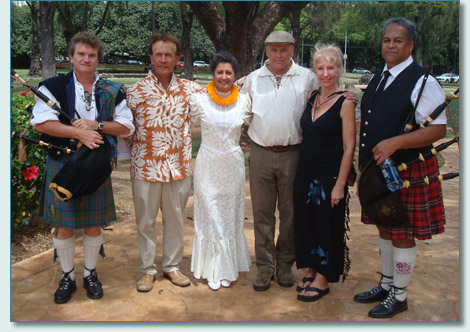 Hamish Burgess, Kimo Kaho'ano, Leilani Kupaho-Marino, Brian Dinsmore, Jennifer Fahrni and Jacob Kaio of the Ka'iulani Project at the Hawaiian Scottish Festival, Honolulu '09