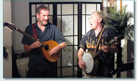 Michael Black & Jon Sanders, Lahaina house concert November 2010