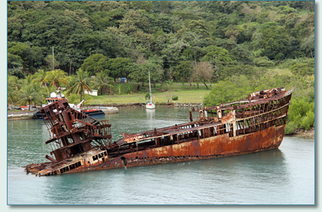 Mahogany Bay shipwreck, Roatan, Bay Islands, Honduras