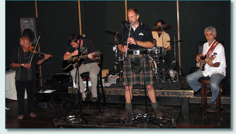 The Celtic Tigers new line-up at Mulligans on the Blue, Wailea, Maui, June 2010