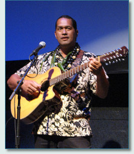 Wilmont Kamaunu Kahaialii at the MACC for a Princess Ka'iulani tribute